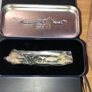 175th Anniversary Colt Knife
